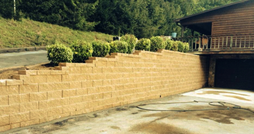 Retaining Walls - Safari Lawn and Landscape of Cookeville, TN